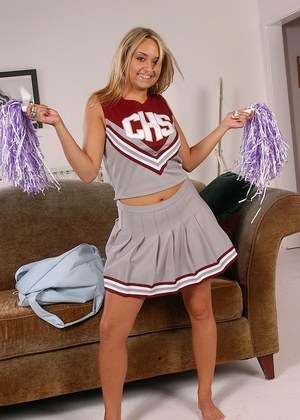 Hot Cheerleader Porn