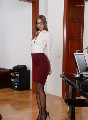 Hot Secretary Porn